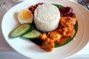 マレーシア航空 MH88 クアラルンプール - 成田 ビジネスクラス 機内食 Nashi Lemak