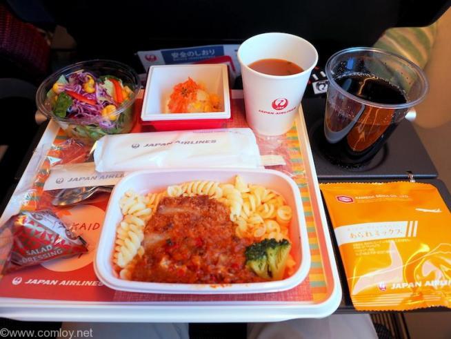 日本航空 JL29 羽田 - 香港 エコノミークラス機内食