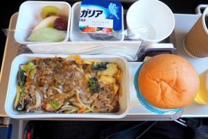 キャセイパシフィック CX509 成田 - 香港 エコノミークラス機内食