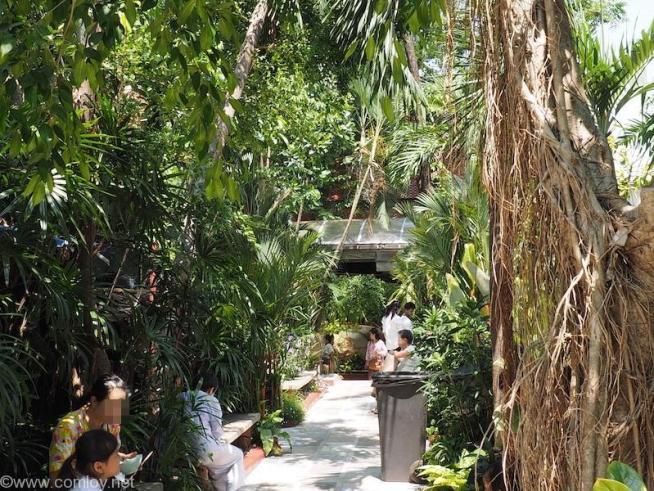 Wat Pak Nam(ワット・パクナム)公園