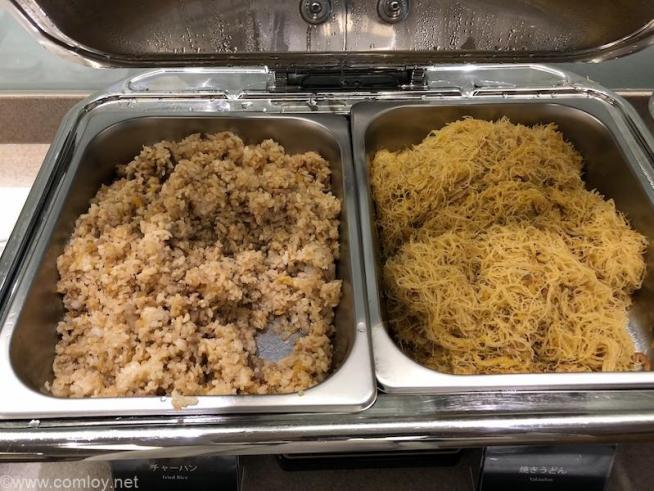台北 日本航空 桃園空港ラウンジ(サクララウンジ)お食事2