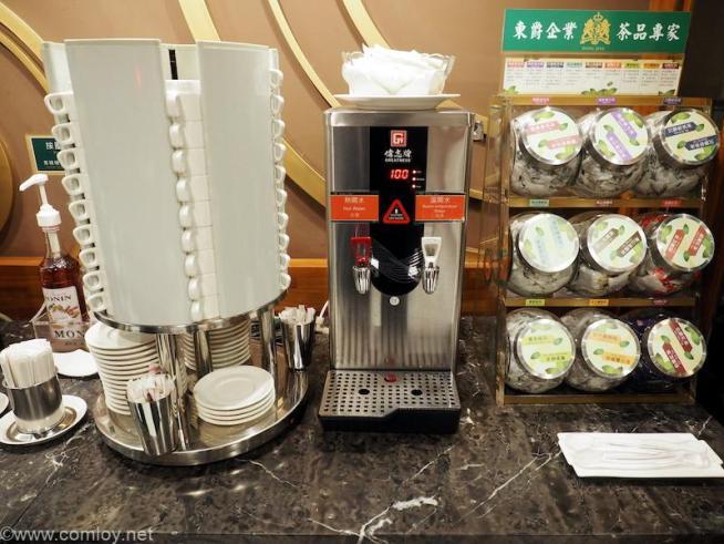 周/P3130168.JPG カインドネス ホテル カオション メイン ステーション (Kindness Hotel - Kaohsiung Main Station) 無料コーヒー・紅茶
