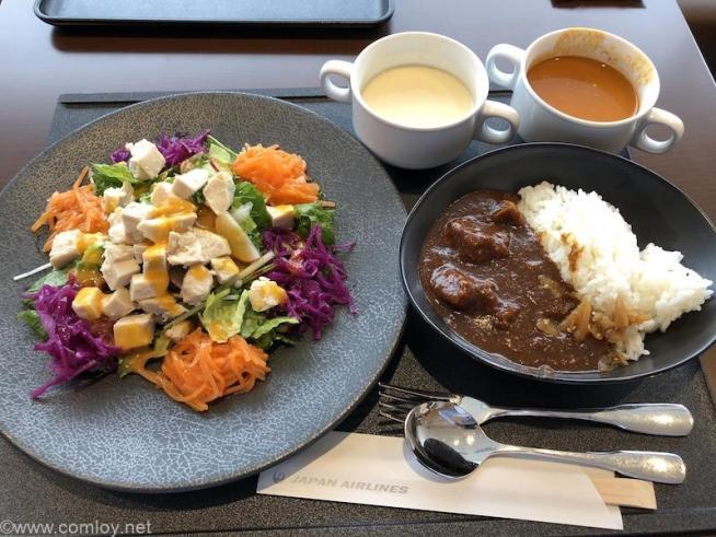 成田空港 JALファーストクラスラウンジ今日の昼食