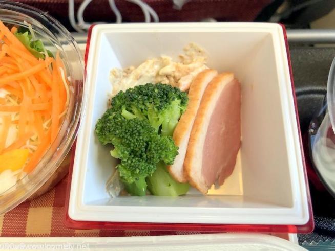 日本航空 JL29 羽田 - 香港 エコノミークラス 機内食 前菜