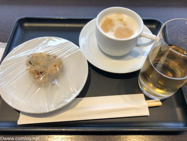 羽田空港 JAL DIAMOND PREMIER LOUNGE 今日の軽食