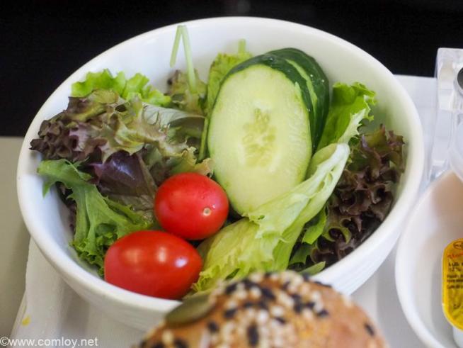 マレーシア航空 MH780 クアラルンプール - バンコク ビジネスクラス 機内食 Starter Garden Salad Sambal mayonnaise