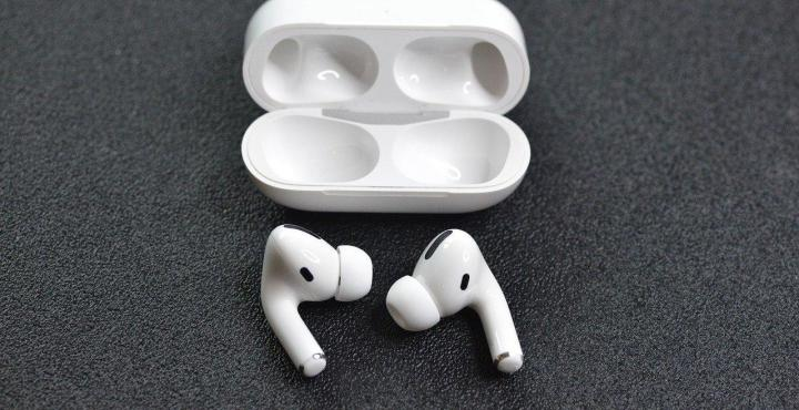 AirPods, Pro