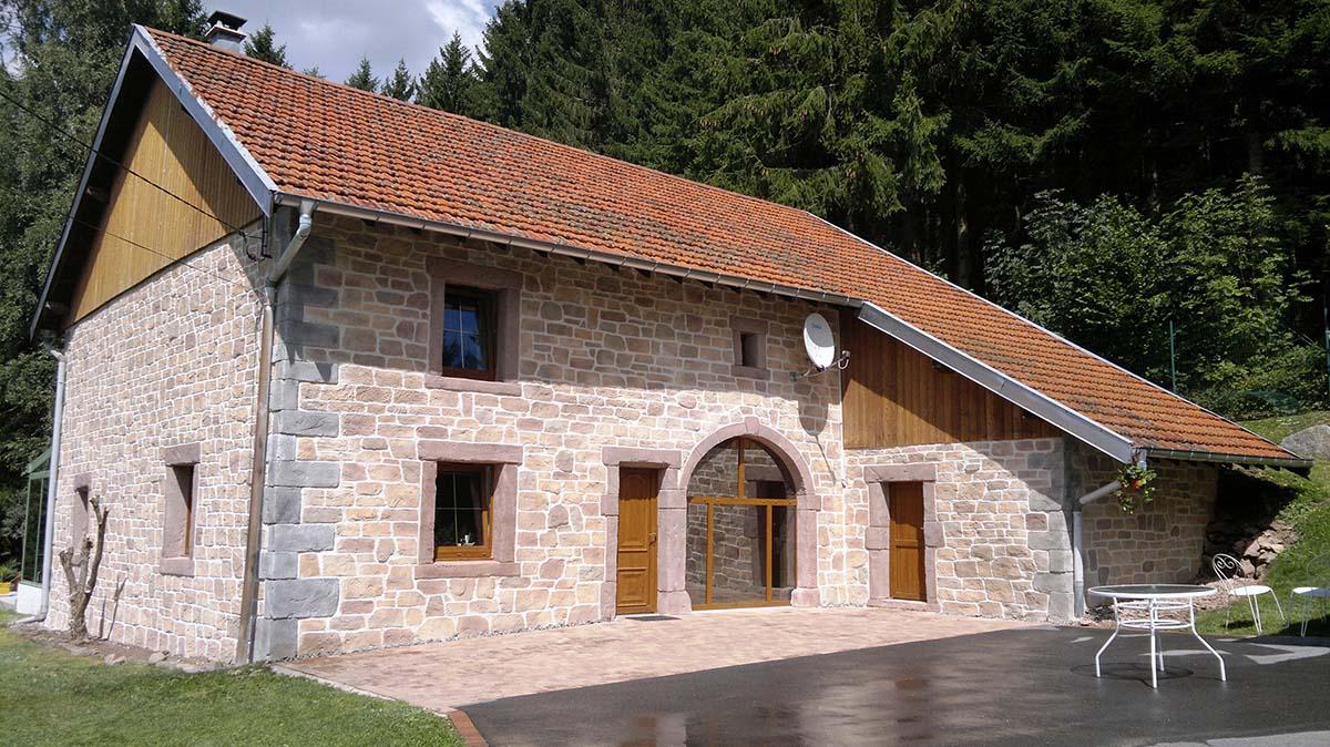Entreprise de ravalement de façade spécialisé imitation pierre