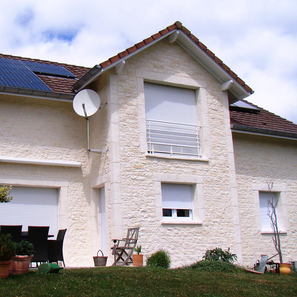 façade maison neuve imitation pierre
