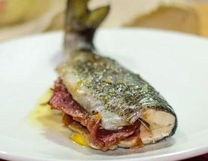 Trucha con jamón al horno 1