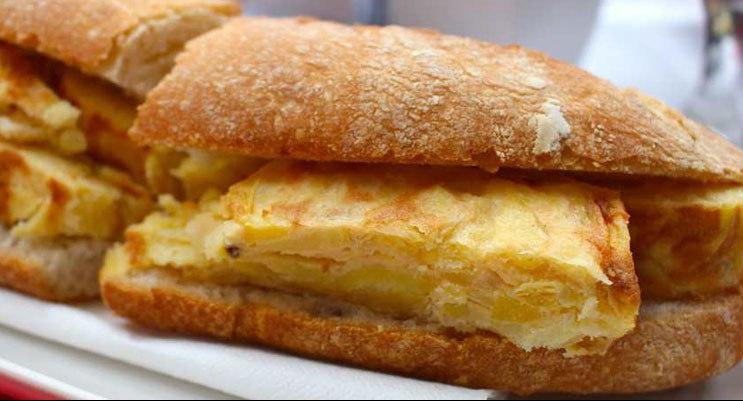 bocadillo-de-tortilla.jpg