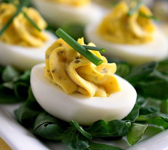 Huevos rellenos 1
