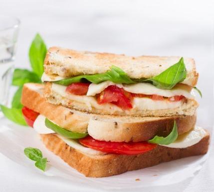 Sándwich Caprese 1