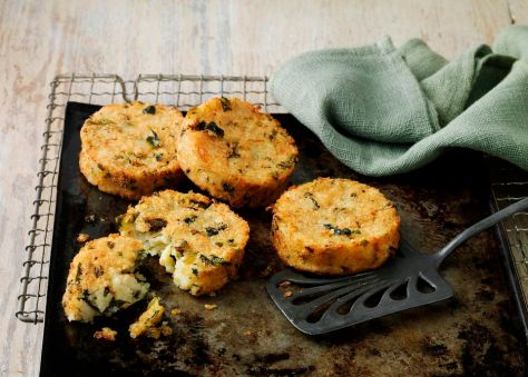 bubble-and-squeak-cakes.jpg