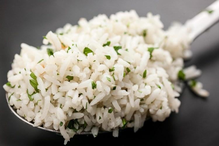 Cómo preparar arroz pilaf 1