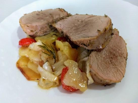 Solomillo de cerdo marinado al romero