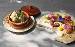 Ametsa_Scottish-squid-in-ink-sauce-with-Galician-octopus_spiced-cassavas-and-crispy-skin-with-shadow