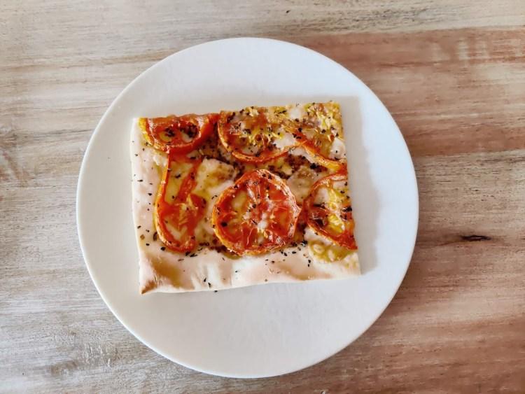 Tarta de tomate y mostaza con masa de aceite de oliva 2