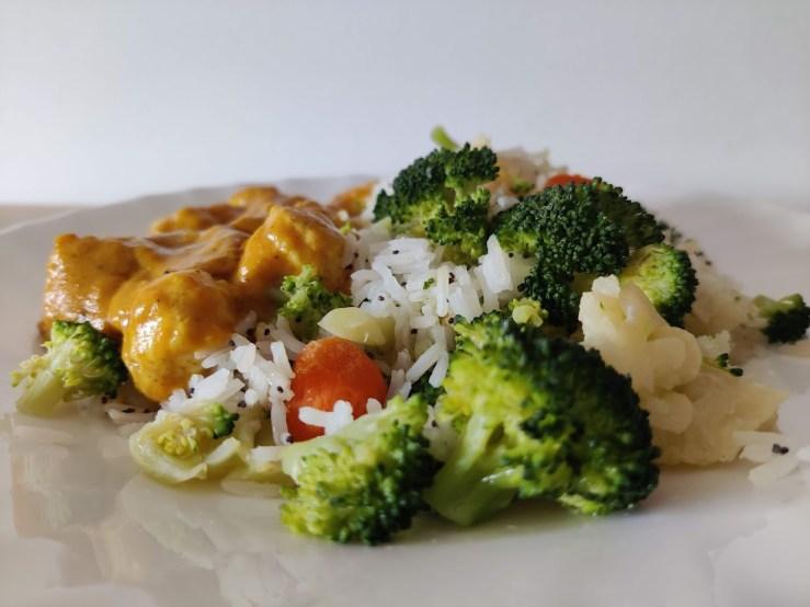 Acompañamiento de arroz con verduras
