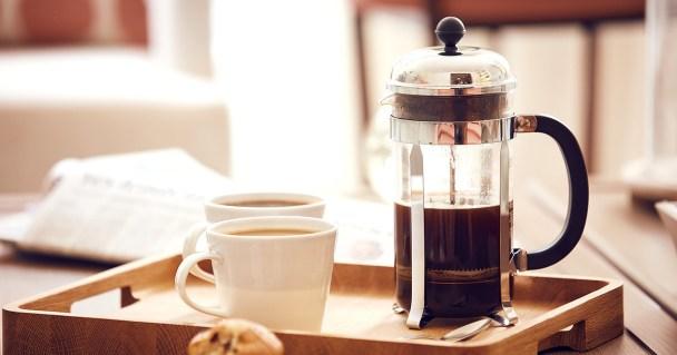 Prensa francesa: preparación del café
