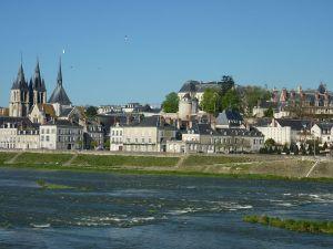 Contacter la préfecture du Loir-et-Cher à Blois : démarche, carte grise