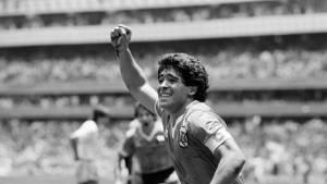 Qui est Diego Maradona, la légende du football