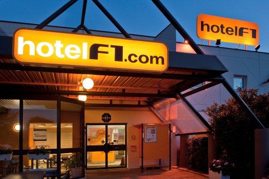 Comment contacter l'Hôtel F1
