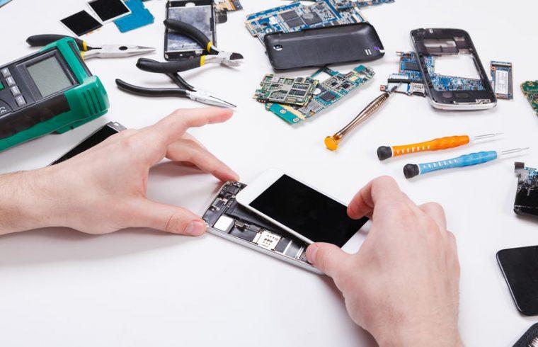 Qui contacter en cas de téléphone mobile cassé ?