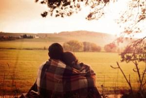 calin-meditation-hug-pleine-conscience
