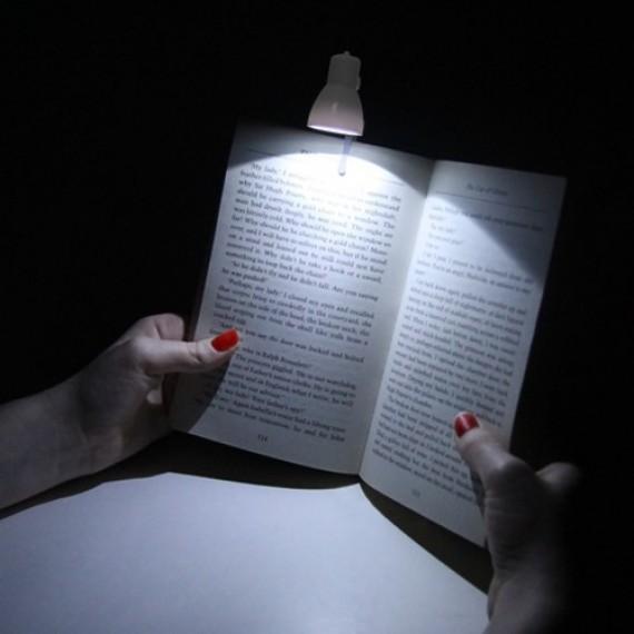 petite lampe de lecture