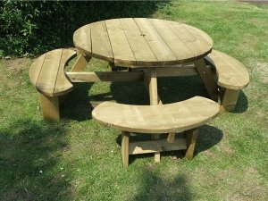 Winchester Picnic Table