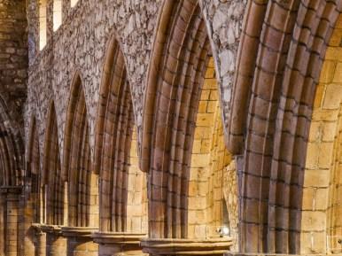 Arches dans la cathédrale d'Aberdeen