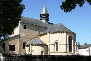 Lescar_cathedrale_rec_redimensionner_23655.jpg