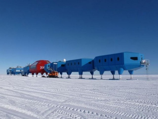 Halley VI Antarctic research station for BAS. Image: Hugh Broughton Architects