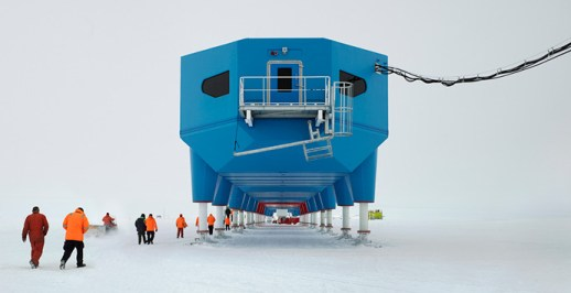 Viewing the Halley VI Antarctic research station head-on. Image: Hugh Broughton Architects