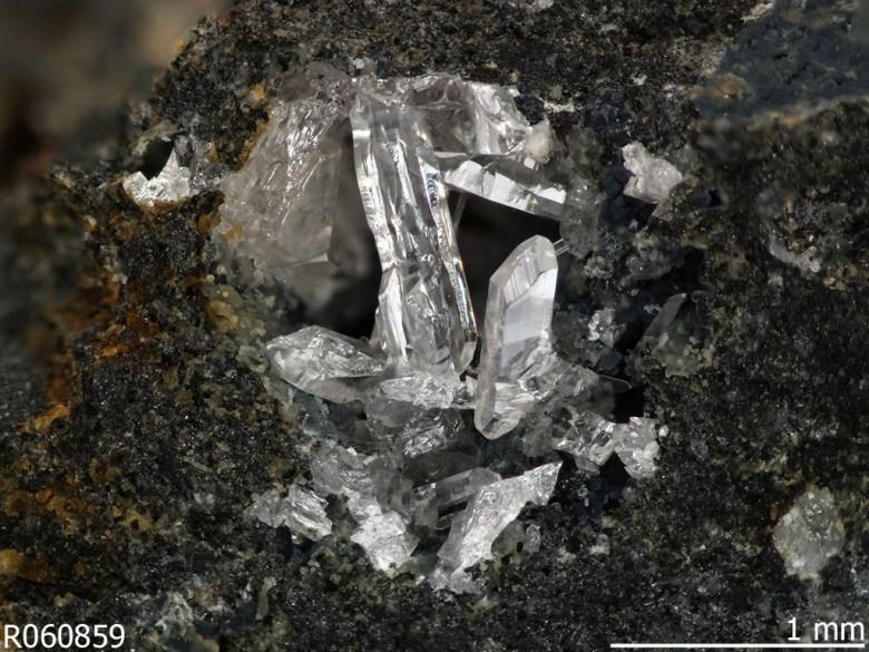 Fiedlerite formed in a slag heap in Lavrion, Greece