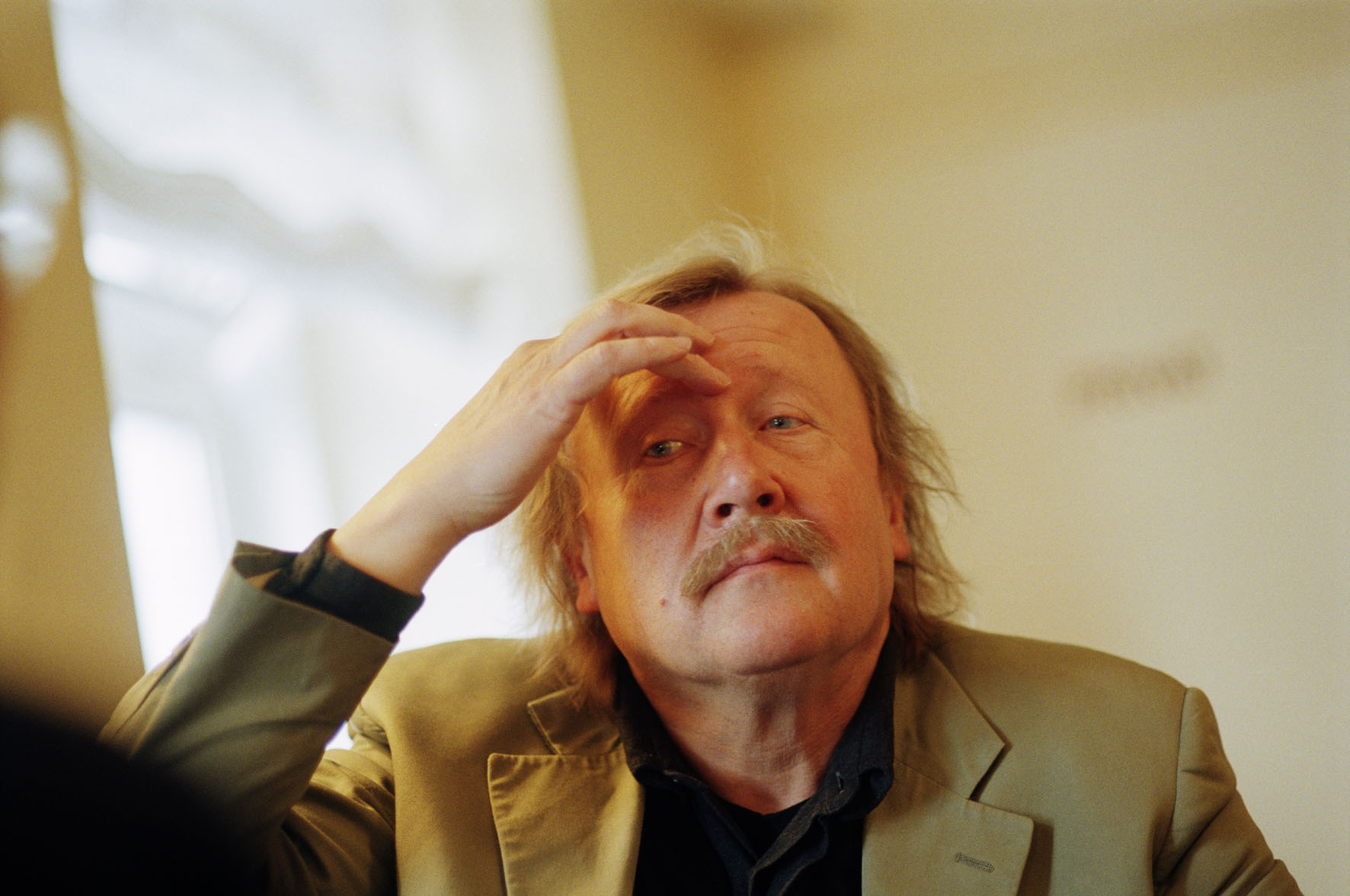 https://i0.wp.com/commons.ch/wp-content/uploads/sloterdijk.jpg