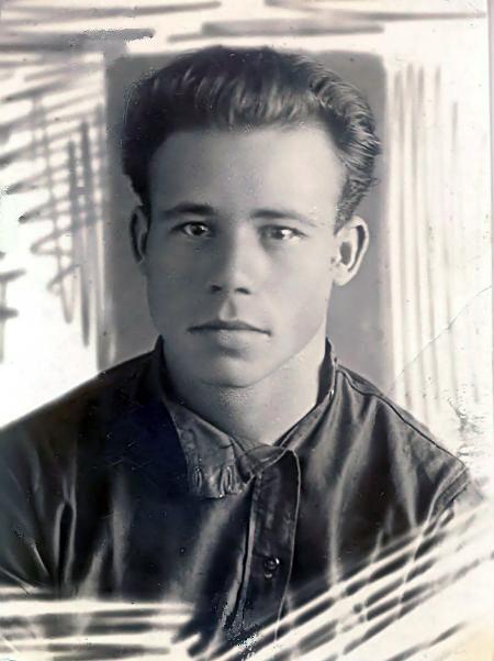 Петро Шелест у молодості