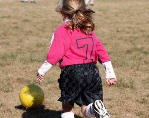 socceryounggirldribbling2