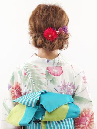 浴衣のヘアアレンジ!ロングヘアでアップの簡単なやり方【画像】