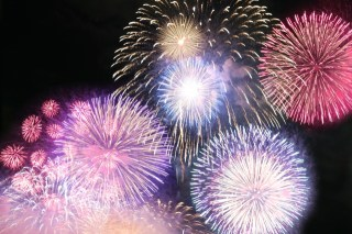 お台場海上芸術花火祭2017の日程や有料席購入方法は?花火×ハロウィン×食の新エンターテイメント登場!