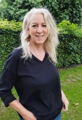 Volunteer Linda Sharman