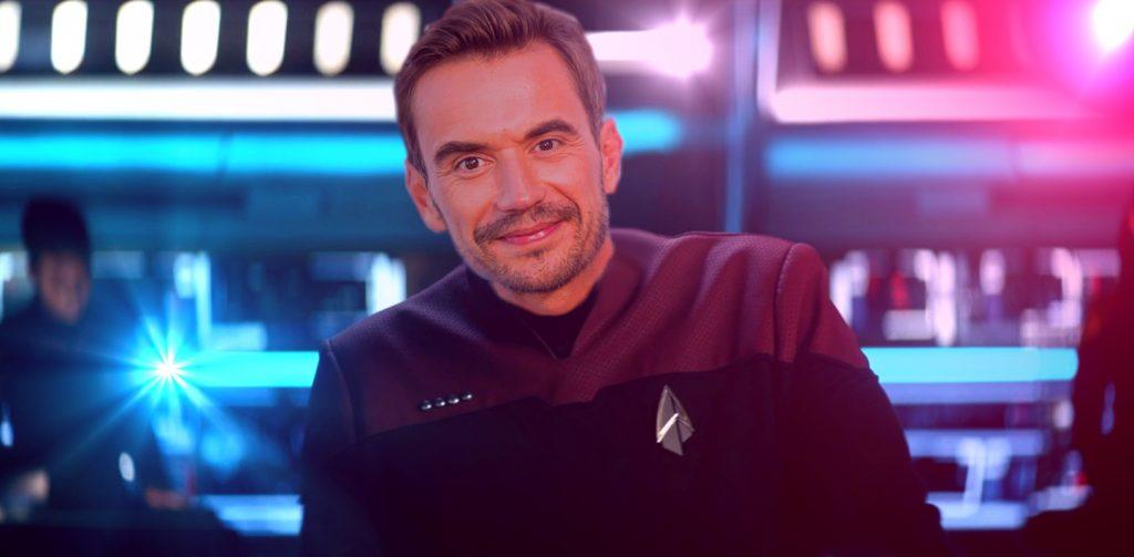 TrekZone Fotomontage: Florian Silbereisen als Captain auf der Brücke eines Star Trek Raumschiffs