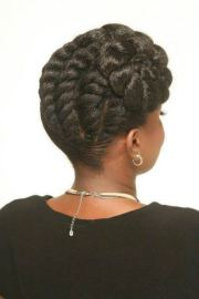 chunky flat-twists updo. - black
