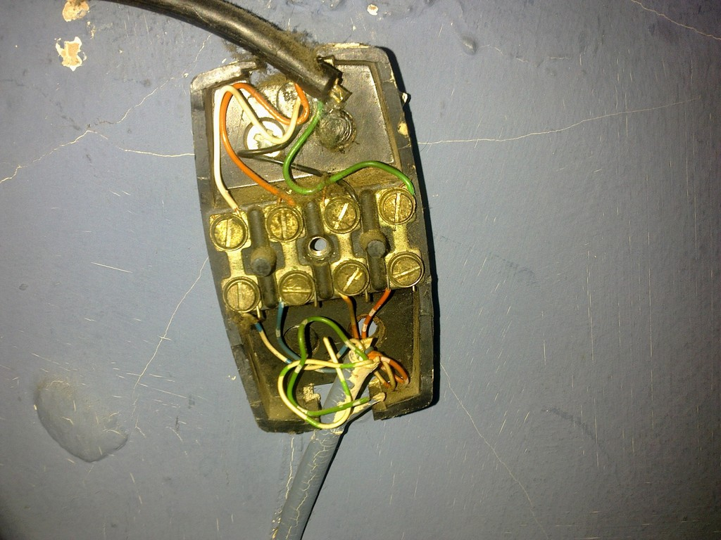 small resolution of wiring bt junction box
