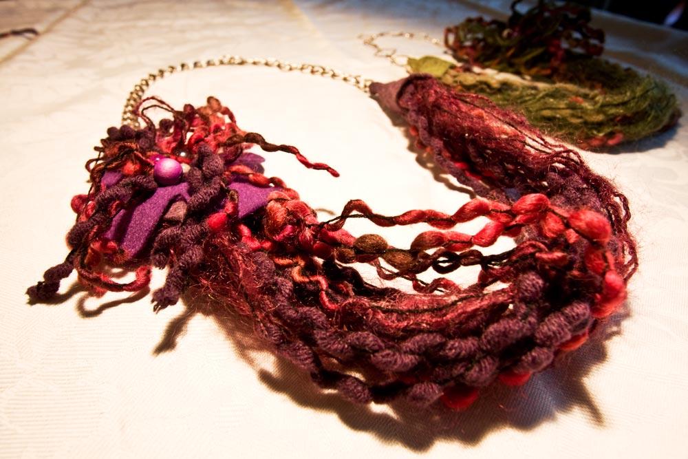 Collane creative in lana fai da te  Video Blog Gioielli e