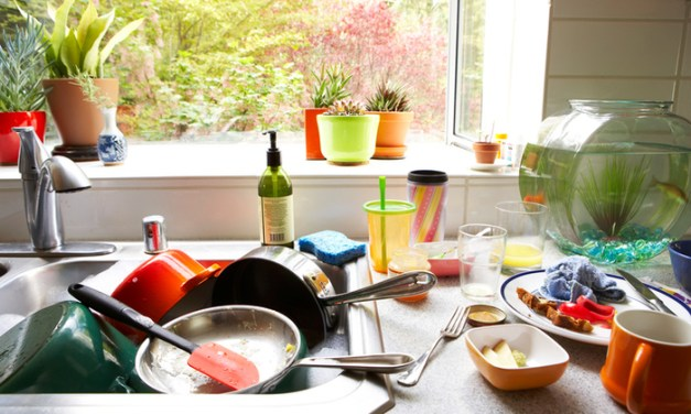 7 Signs Your Kitchen Needs an Organizational Makeover