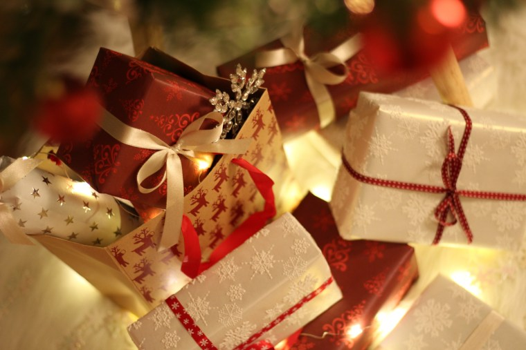 Volunteering Opportunity Volunteers Required For Quality Christmas Gift Wrapping In December 2019 Community Action Mk