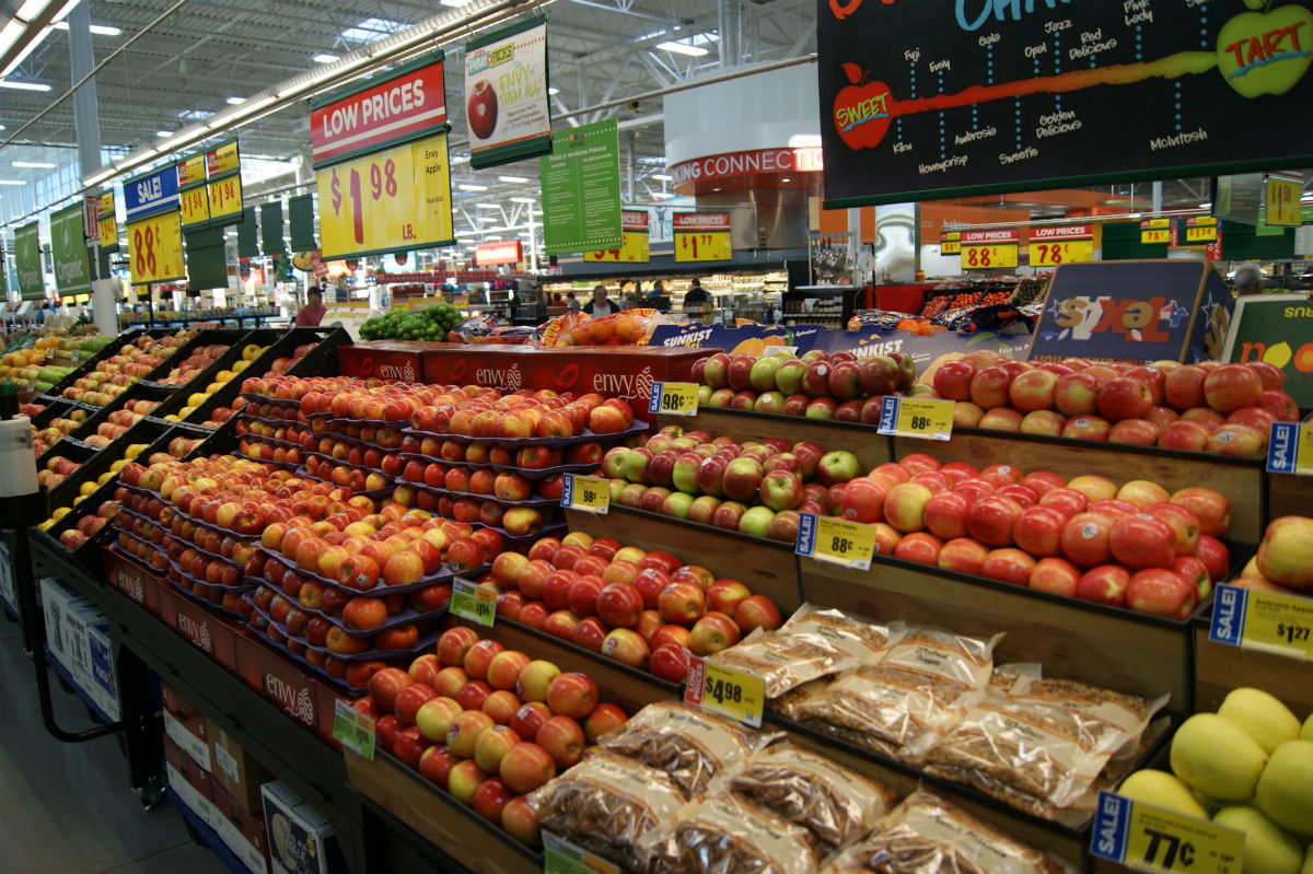 14 facts about the new hutto h e b on gattis school road for What grocery stores are open today