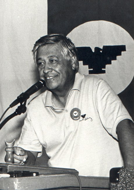 Cesar Chavez speaks to UFW convention